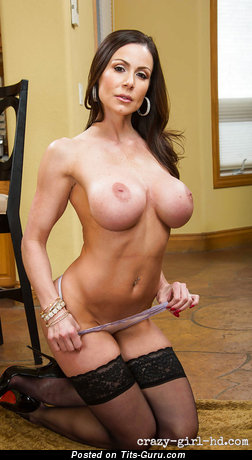 Kendra Lust - Elegant Wet American Playboy Brunette Babe with Elegant Open Fake Ddd Size Boobys & Giant Nipples (Hd Sexual Photoshoot)