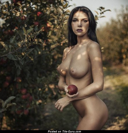 Image. Naked hot girl with big natural boobies photo