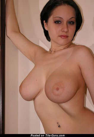 Superb Moll with Superb Bare Natural Sizable Knockers (Hd Xxx Pix)