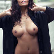 Jade - hot girl with medium natural breast picture
