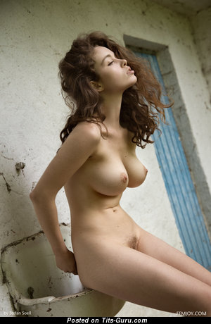 Graceful Gal with Graceful Naked Natural Average Knockers (Hd Xxx Photoshoot)