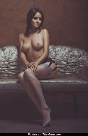 Image. Naked awesome female with medium tittes picture