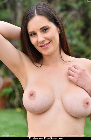 Lilian - Fascinating Undressed Girlfriend & Babe (Hd Sexual Pix)