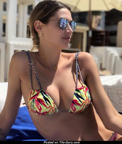 Melissa Satta - Fine Italian Red Hair Actress with Fine Bald Real Normal Knockers (Hd Porn Pic)