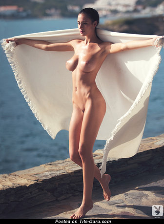 Alejandra Guilmant - sexy naked latina brunette with big natural breast and big nipples pic