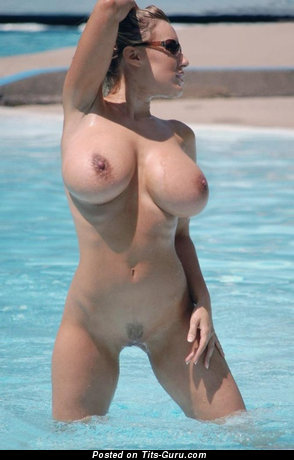 Image. Nude hot woman with big tits pic
