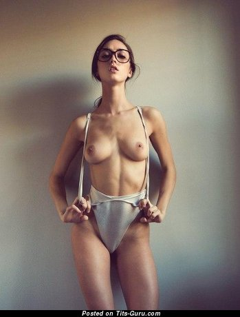 Sexy topless amateur brunette with medium boobs pic