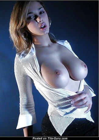 Изображение. Lenka Gaborova - картинка шикарной голой блондинки с большими сисечками