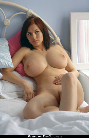 Image. Iga Wyrwal - nude awesome woman with big breast picture
