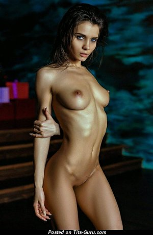 Cute Topless Girl with Cute Open Real Boobie (Hd Sex Image)