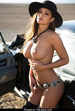 Изображение. Фото горячей раздетой чувихи