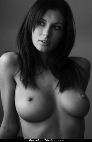 Image. April - nude brunette with medium boob pic