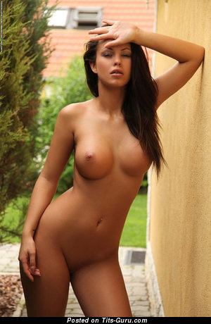 Nude wonderful lady with big tits pic