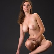 Lovely Babe with Lovely Bare Natural Normal Boobies (Porn Image)