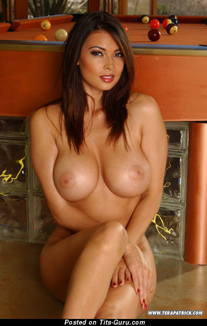 Image. Hot girl with big tittys picture