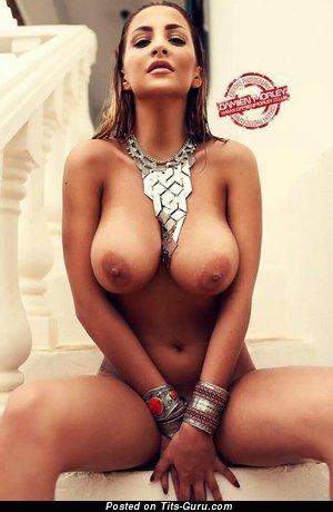 Ellis Attard - Dazzling British Gal with Dazzling Exposed Natural Dd Size Boobies (Xxx Photo)