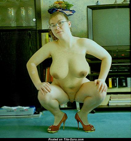 Jola6anal - Splendid Blonde with Graceful Exposed Real Boobs in High Heels (Amateur Selfie Sex Foto)