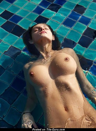 Image. Naked hot woman with medium tits picture