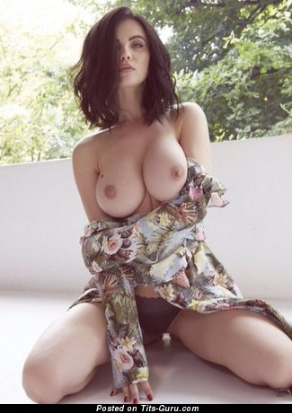 Good-Looking Topless Brunette Babe with Good-Looking Open Med Titty & Enormous Nipples (Porn Pic)