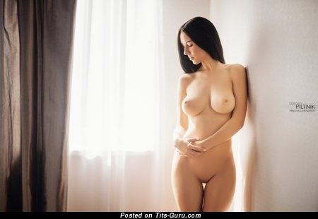 Image. Nude nice woman with natural tittes picture