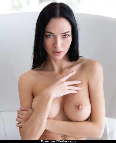 Marvelous Topless Brunette Babe with Marvelous Open Real Regular Titties (Sex Wallpaper)