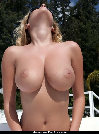 Alluring Babe with Alluring Exposed Normal Boobie (Hd Xxx Photoshoot)