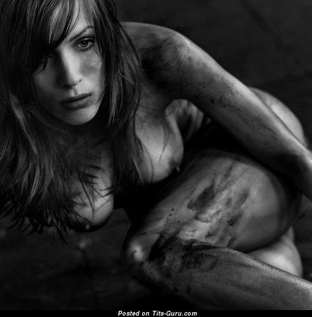 Misssouls - изображение горячей голой девушки с натуральными сисечками