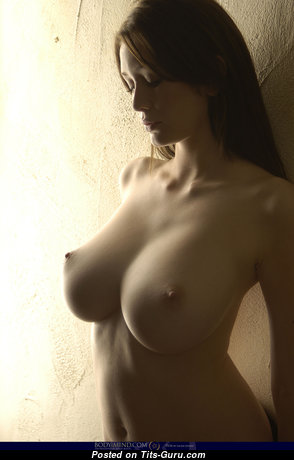 Magnificent Unclothed Babe (Xxx Picture)