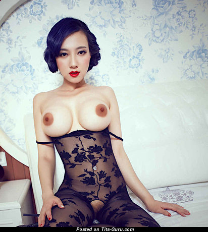 Song Guo Er: nude asian with medium fake tots picture