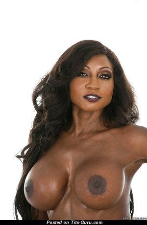 Image. Sexy nude ebony brunette with medium boob and big nipples image