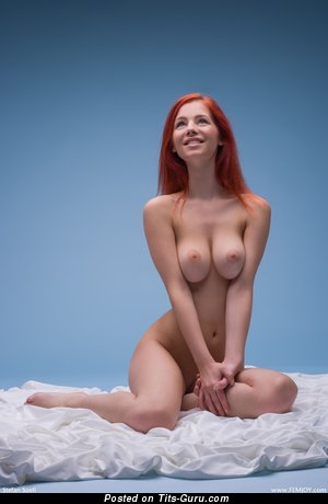 Ariel - nude hot woman with big natural tittes picture