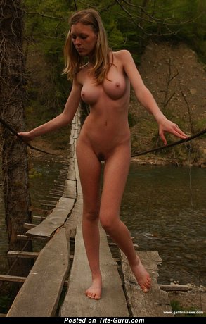 Image. Olea - naked wonderful woman with medium tits picture