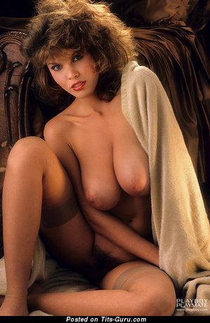 Donna Edmondson: Playboy барышня (США) с супер обнажённым натуральным средним бюстом (порно фото)