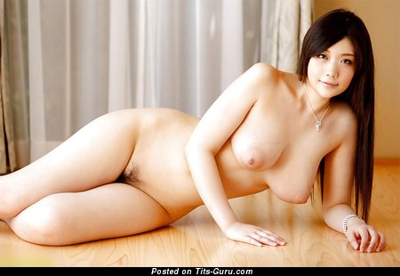 Rie Tachikawa - sexy naked asian with medium natural tittes picture
