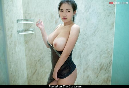 Lian Xin - Beautiful Chinese Lady with Sweet Nude Real Soft Boobie (Hd Porn Photoshoot)