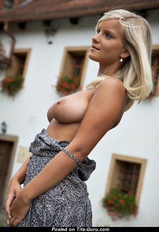Marry Queen - Pleasing Czech Blonde Babe & Pornstar with Pleasing Bare Real Big Sized Breasts (Sexual Wallpaper)