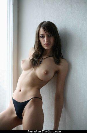 Tanya - nude hot female with medium boob photo