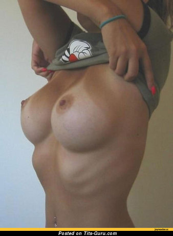 Image. Naked amazing girl with big tittys pic