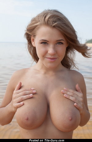 Viola Bailey - topless blonde with medium natural tittys image