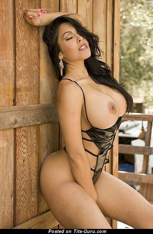 Nina Mercedez - sexy nude latina brunette with big breast pic