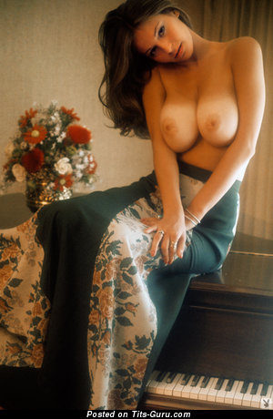 Image. Sexy nude brunette with medium natural breast vintage
