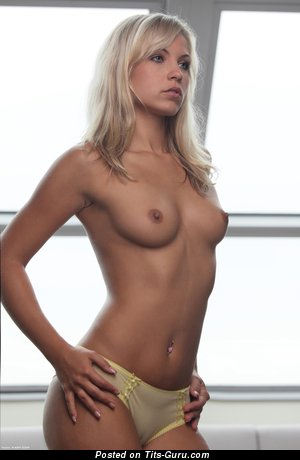 Nude wonderful girl with medium natural tittys picture