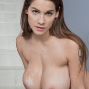 Mischel Lee - wonderful lady with big natural tots and big nipples picture