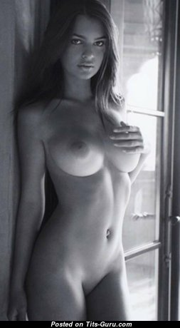 Cute Nude Babe (Hd Sexual Picture)