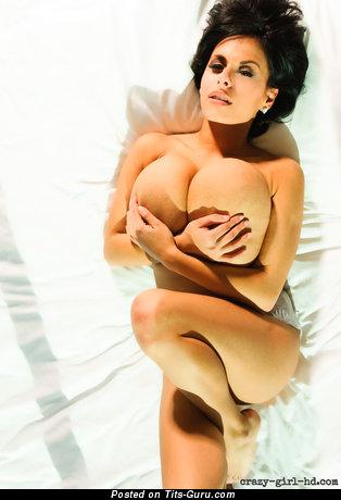 Брюнетка С Большими Сиськами - Nice Wet Latina Playboy Brunette Babe with Fine Open Natural Monumental Boobs, Long Nipples, Piercing & Tattoo (Hd Sex Image)