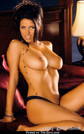 Janine Habeck - sexy nude brunette with medium boob and big nipples photo