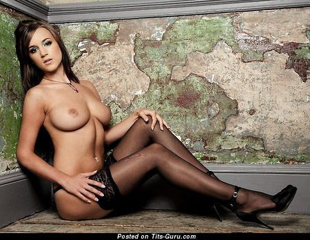 Rosie Jones - Graceful English, British Brunette with Graceful Exposed Natural Ddd Size Titty, Piercing & Tattoo (Sex Photo)
