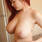 Tessa Fowler - beautiful female with huge natural breast pic