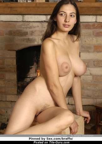 Angela - Appealing Chick with Appealing Bare Natural Big Sized Chest (Sexual Picture)