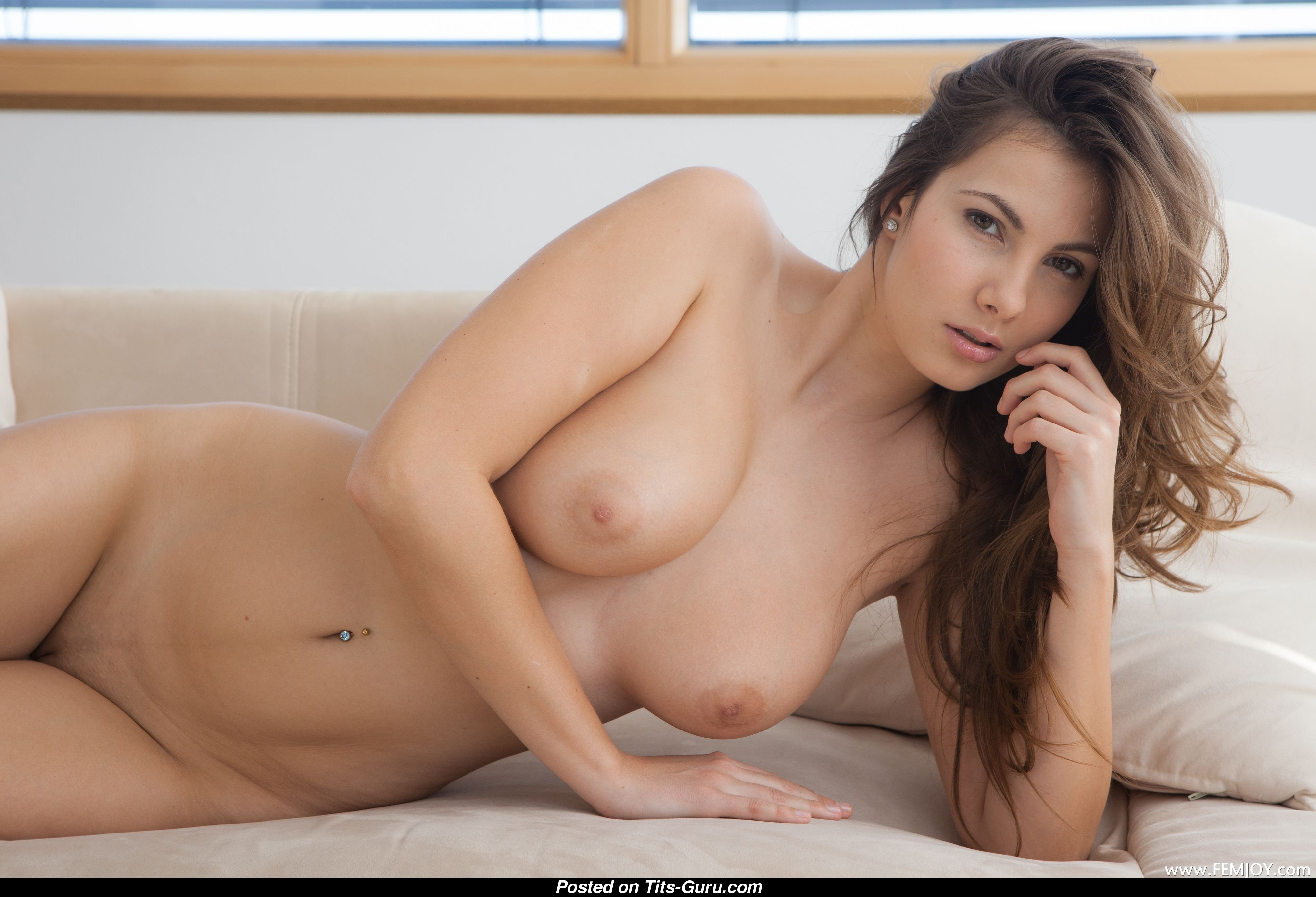Connie Carter - Pornstar  Babe With Bare Natural Soft Tits  Piercing Porn Photo 26 -5301